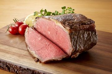 ローストビーフの塊肉