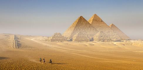 Piramidi di Giza,Egitto
