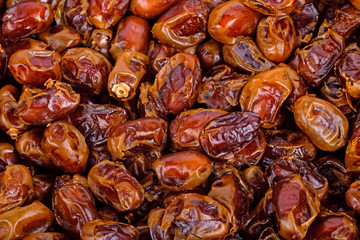 dried fruits from date palm