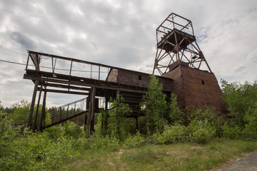 Old headframe gold mine shaft mining technology