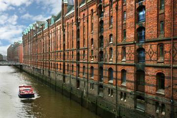 Red boat in Hamburg