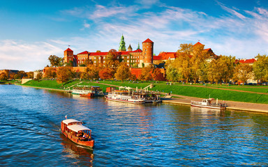 Tuinposter Krakau Wawel castle famous landmark in Krakow Poland. Picturesque