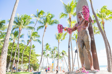 Acrylic Prints Historic monument Duke Kahanamoku statue on Waikiki beach, Honolulu