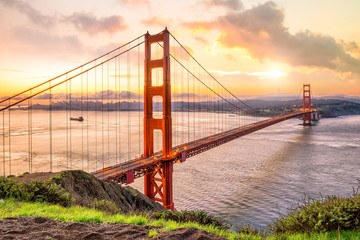 Wall Mural - Golden Gate Bridge in San Francisco