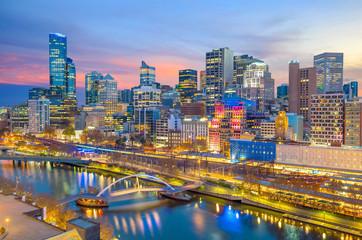 Fotomurales - Melbourne city skyline at twilight