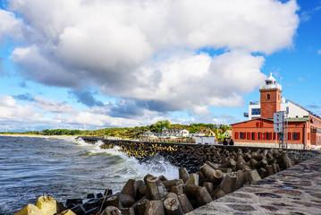 Leuchtturm  Küste Sturm Felsen Strand Darlowko