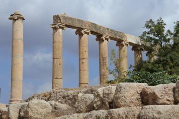 Säulenreihe im antiken Gerasa in Jordanien