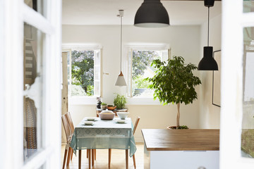 Germany, North-Rhine-Westphalia, Cologne, bright modern kitchen and dining room in an old country house
