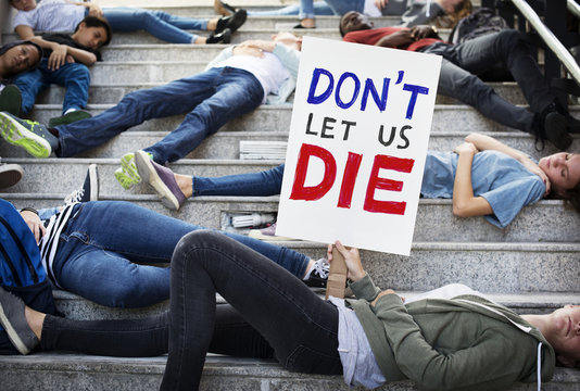Students protesting on the stairs