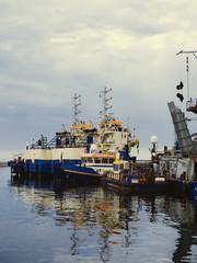 Dredging vessels