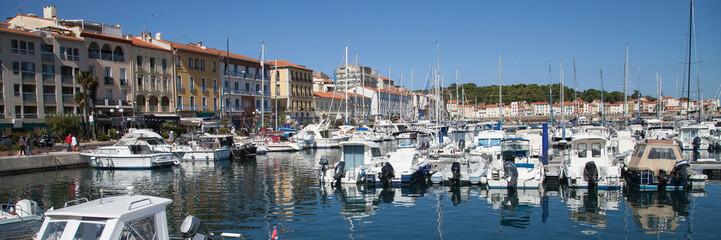 Port-Vendres et son bassin de plaisance