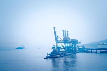 ship unloader on ore terminal
