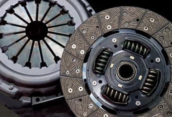 Plate clutch car