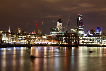 London nights from the piers with Canary Wharf view