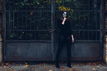 Woman in Skeleton costume