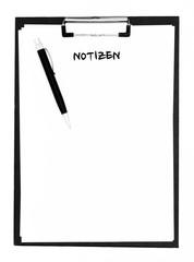 Notizzettel auf Klemmbrett