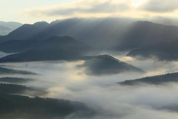 里山の夜明けと朝霧 眺海の森 Chokainomori, Shonai, Yamagata, Japan