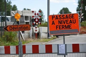 SNCB rail transport passage a niveau train chantier securite signalisation circulation deviation travaux