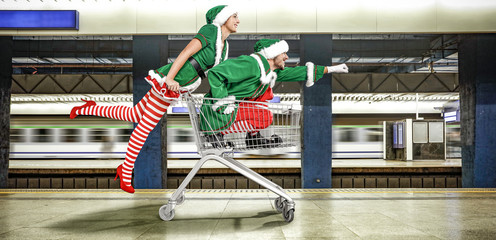 shopping time and elf