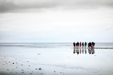Wanderung im Weltnaturerbe Wattenmeer an der Nordsee, Deutschland