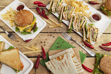 different sandwiches on the kitchen table, cooking, fast food