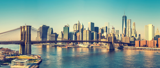 Brooklyn bridge and Manhattan at sunny day, New York City Wall mural
