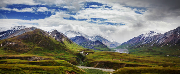Mountains in Alaska Wall mural