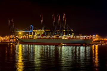Night activity in industrial cargo port