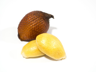 The fruit Salak or Zalacca is a native plant of Indonesia, Lot of Calcium and phosphorus help bones and teeth, relieve thirst and moisturize the body