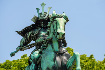 great samurai monument in Tokyo