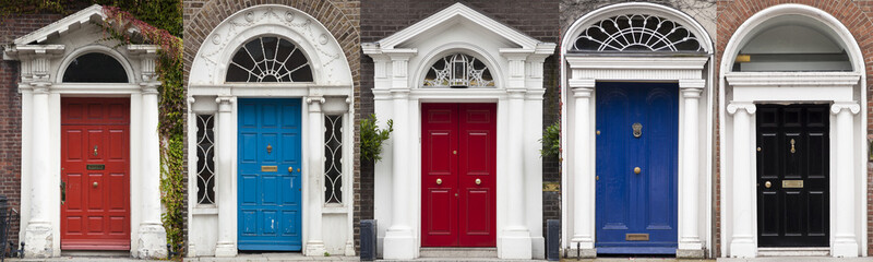 Set of colored doors in Dublin from Georgian times (18th century) Wall mural