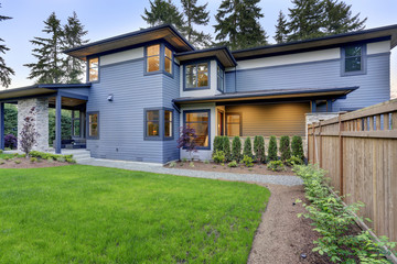 Modern home exterior in Bellevue.