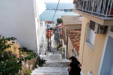 Steile Stufen auf Griechenland