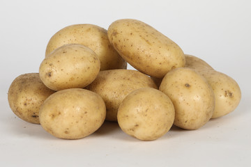 Pomme de terre, fond blanc