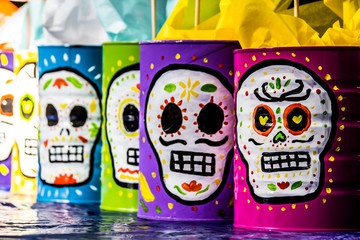 Traditional mexican day of the dead symbols