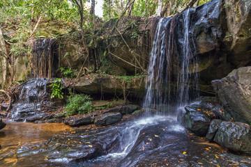 Waterfall in the Rain Forest, Phnom Kulen National Park river cambodian Fototapete