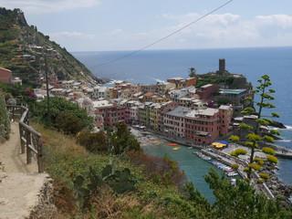 Vernazza - panorama dal sentiero azzurro direzione Levanto