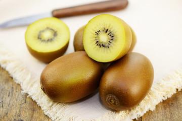 Kiwi Messer