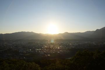太陽 日の出