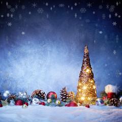 Weihnachtlicher Hintergrund mit Weihnachtsbaum