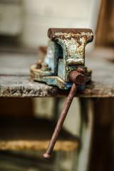 bench vise old