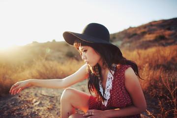 Big Hat Sunset Crouch