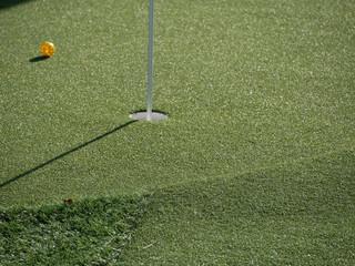 golf trou balle piquet