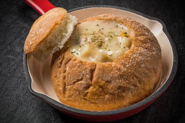 シチューパン Stew Bread Bowl