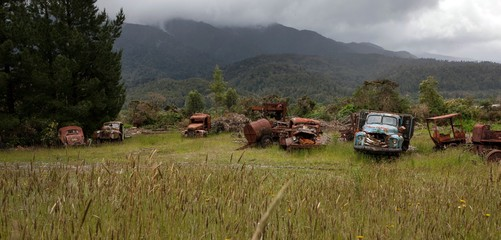 Vintage car wrecks. Oldtimers New Zealand