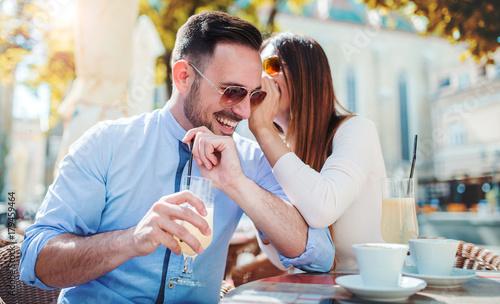Was soll man über das Dating eines Polizisten wissen?