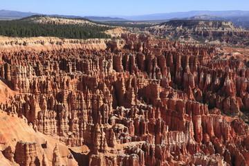 ブライス・キャニオン国立公園のインスピレーション・ポイントからの眺め