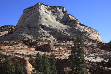 ザイオン国立公園の岩山