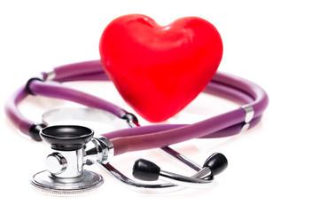 Rotes Herz mit Stethoskop