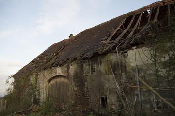 Verfallenes Bauernhaus